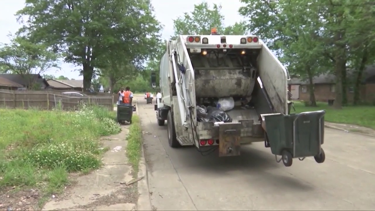 Sanitation workers say they never planned to strike, had concerns about 'union leadership action'