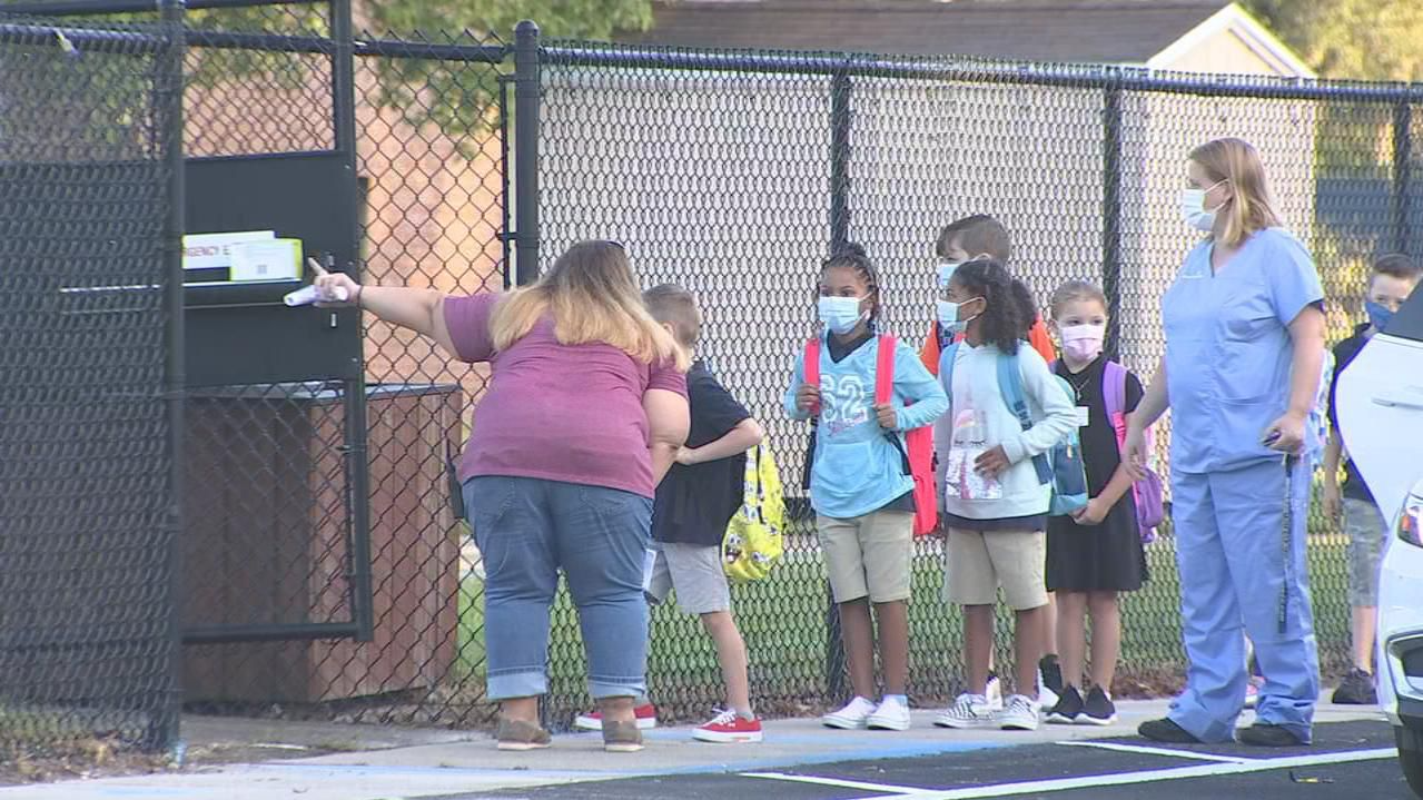 Not enough data to back up push that masks aren't needed in Florida schools, experts say