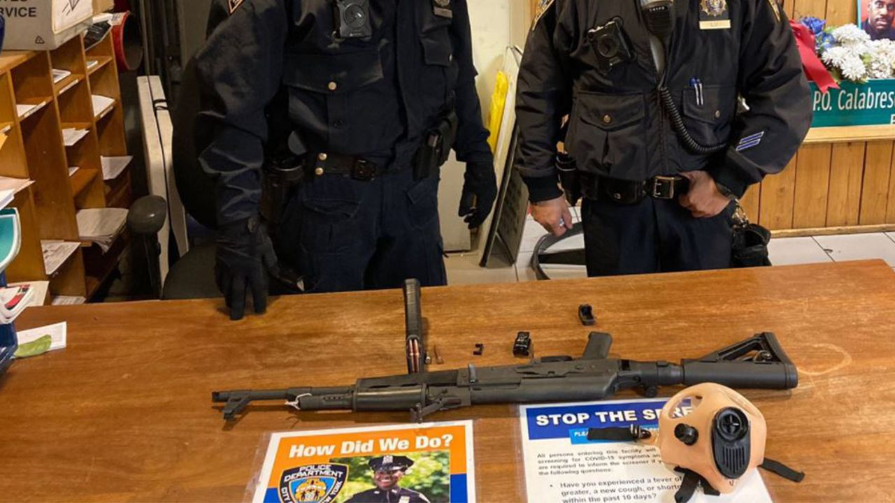 Ohio man arrested in Times Square subway station with AK-47 rifle, police say
