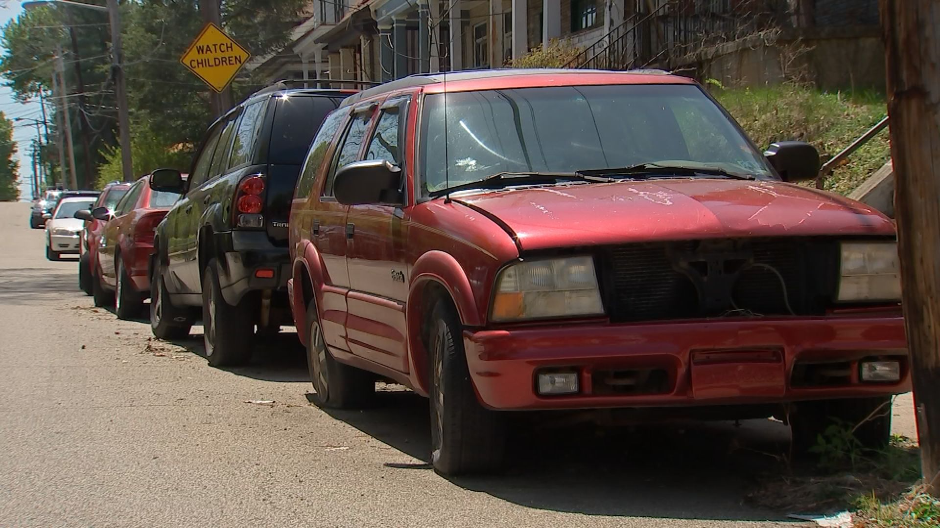 Police are removing abandoned vehicles in Pittsburgh neighborhoods