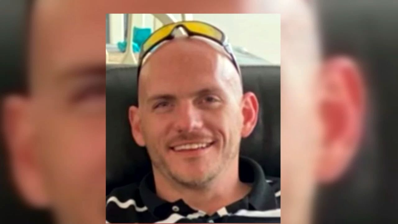 Family of father of 3 killed in wrong way crash demanding answers in loved one's death