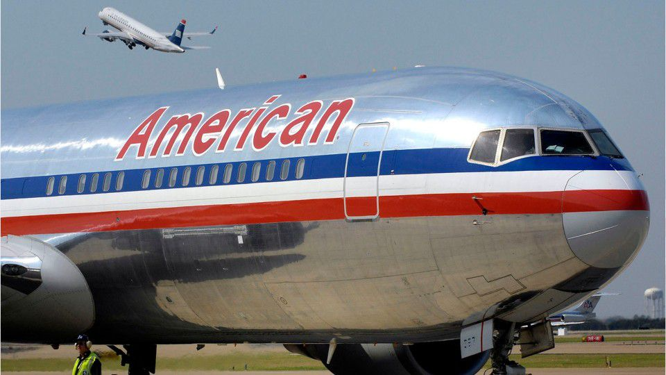 American Airlines workers told to clean less extensively, per management orders