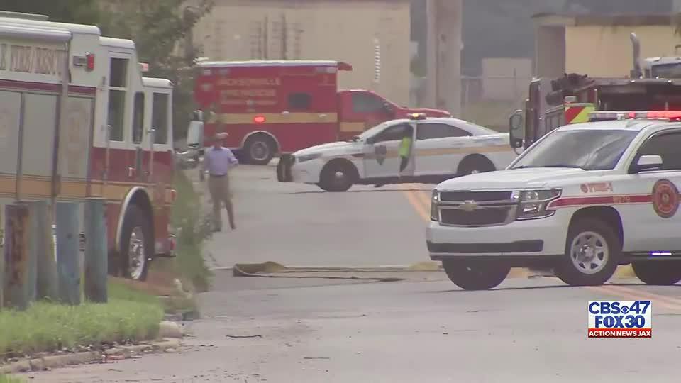 Hazmat team investigating gas odor at commercial building on Jacksonville's Eastside
