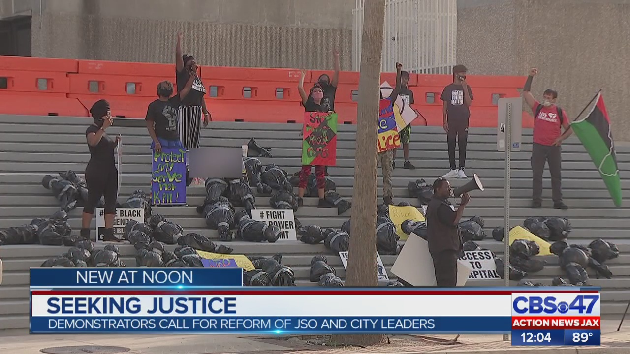Protesters gather downtown calling for reform among Jacksonville police, city leaders