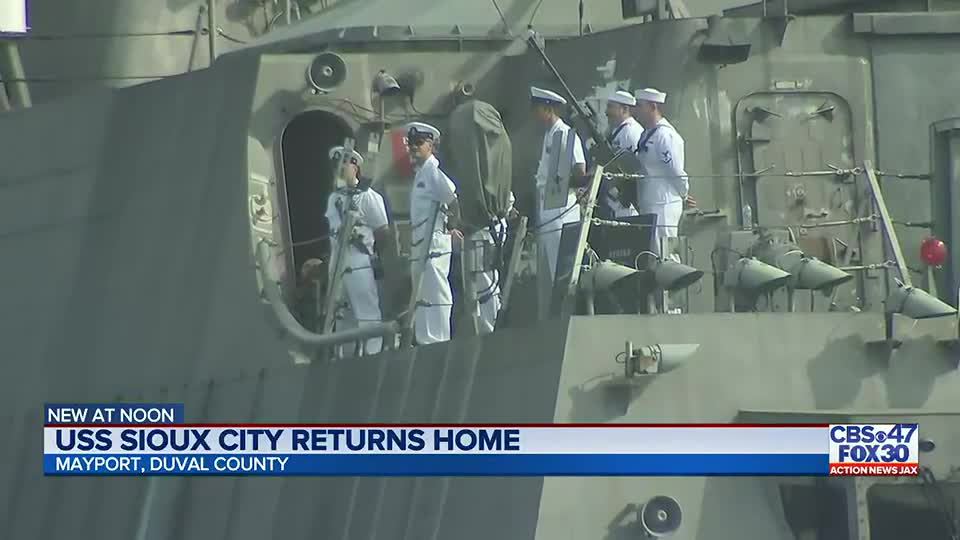70 crewmembers aboard USS Sioux City welcomed home