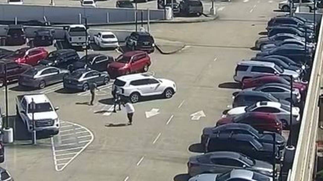 Man robbed and shot at by thieves in parking lot of Lenox Square