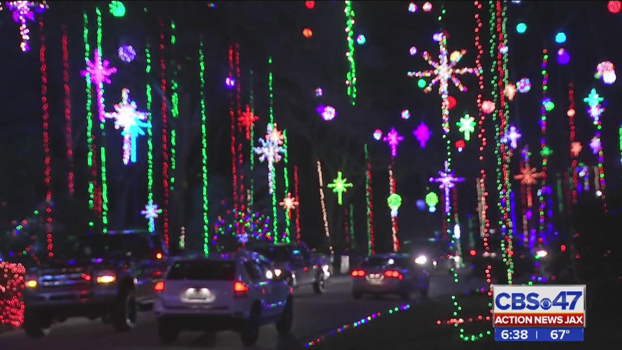 Blackhawk Bluff Christmas Lights 2020 Inside Christmas lights display in Girvin Road neighborhood in